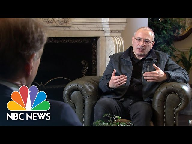 Putin Is Like A Mafia Godfather, Russian Dissident Tells NBC News | NBC News NOW